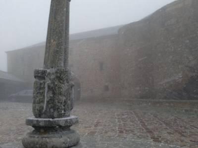 Sierra de Francia [Fiesta de la Almudena] senderismo irati hoces de beteta actividades de nieve mate